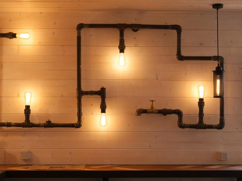 Лофт светильники из труб – особенный дизайн для неповторимых интерьеров