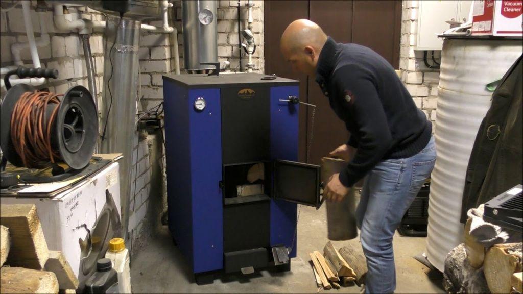 Электрический и дровяной котел для отопления