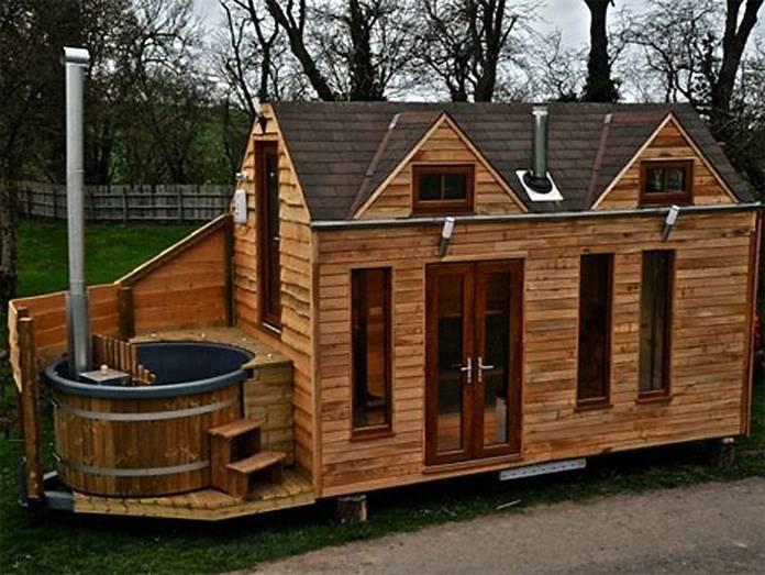 mini-dom-otlichiya-podobnykh-proektov-i-primery-gotovykh-postroek-7 Красивые дома и коттеджи: материалы для отделки и проектирование