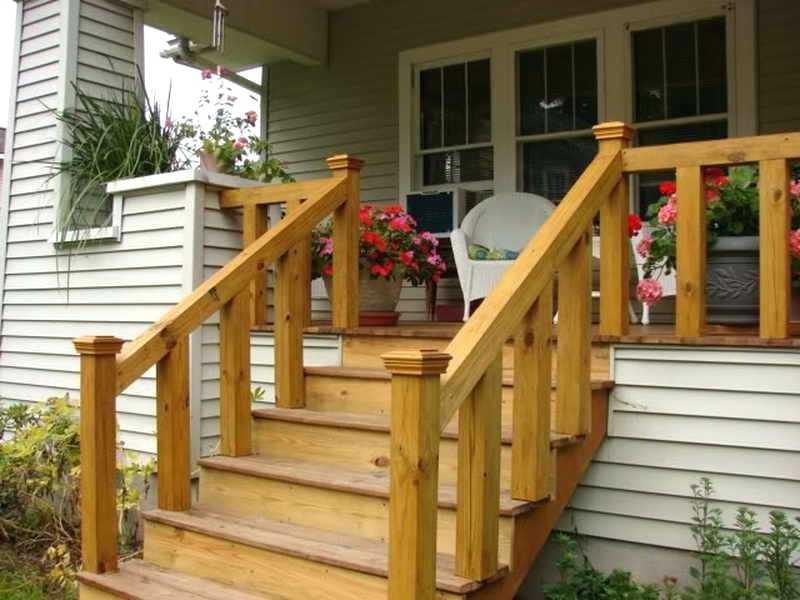 уличная лестница в дом из дерева