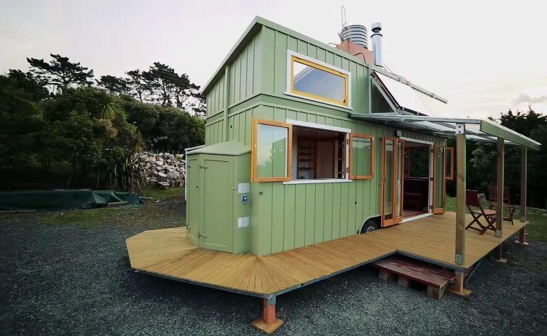mini-dom-otlichiya-podobnykh-proektov-i-primery-gotovykh-postroek-15 Красивые дома и коттеджи: материалы для отделки и проектирование
