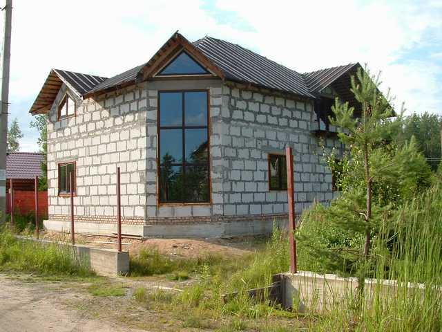 mini-dom-otlichiya-podobnykh-proektov-i-primery-gotovykh-postroek-9 Красивые дома и коттеджи: материалы для отделки и проектирование