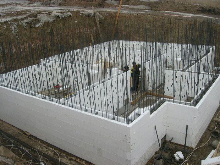 Строительство монолитных загородных домов