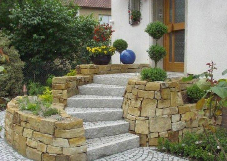 уличная лестница в дом