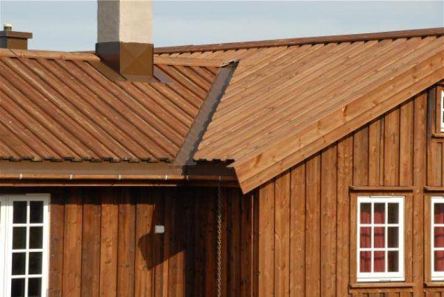 деревянный дом под крышу