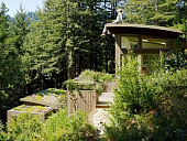dva-mini-kottedzha-kak-vspomogatelnye-pristroyki-k-domu-na-sklone-gory-v-mill-valley-shtat-kaliforni-27991.jpg