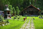 stil-kantri-dlya-zagorodnogo-uchastka-ili-kak-sozdat-uyutnuyu-derevenskuyu-usadbu-64415.jpg
