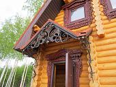 kak-sdelat-naves-nad-kryltsom-luchshie-varianty-konstruktsiy-i-sposoby-montazha-220778.jpg