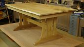 kak-sdelat-stol-varianty-konstruktsii-instruktsiya-i-rekomendatsii-masterov-491966.jpg