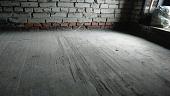 kak-zalit-pol-v-garazhe-betonom-svoimi-rukami-poetapnaya-instruktsiya-121199.jpg