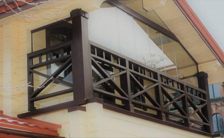 Балкон в частном доме: плюсы и минусы, разновидности, нюансы строительства