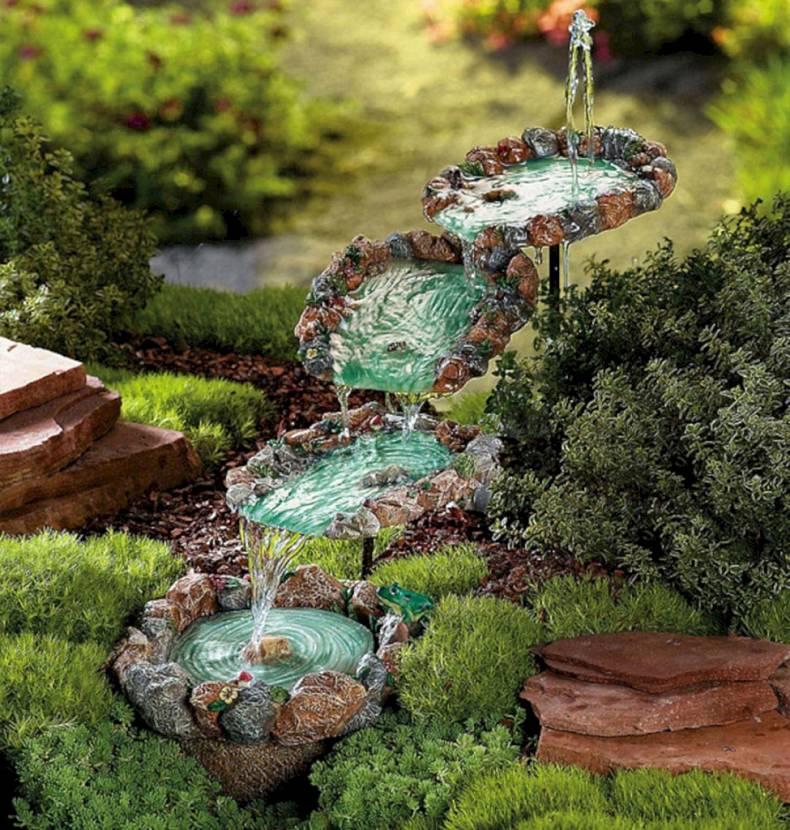 купить искусственный пруд с фонтаном для дачи