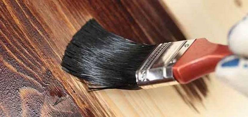чем покрасить деревянную вагонку внутри дома