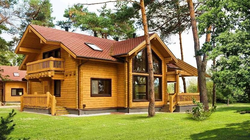 Привлекательность экстерьера и интерьера деревянного дома не вызывает сомнений