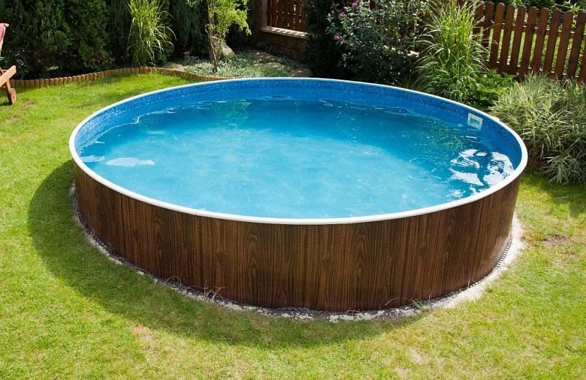 пластмассовый бассейн
