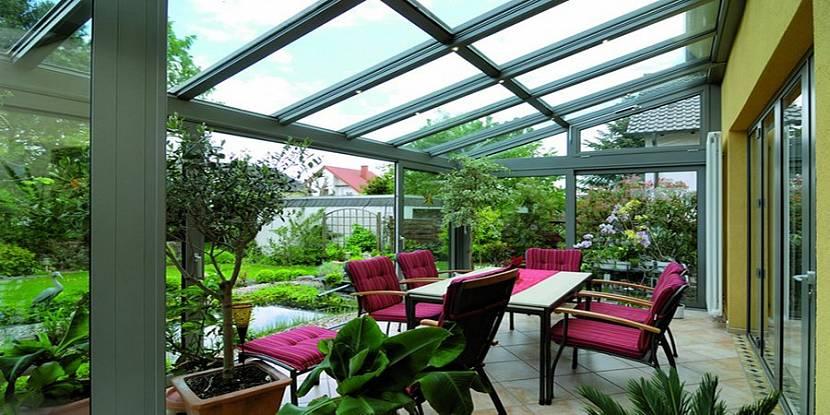 Зимний сад для отдыха с семьей