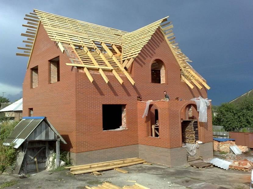 строение крыши частного дома
