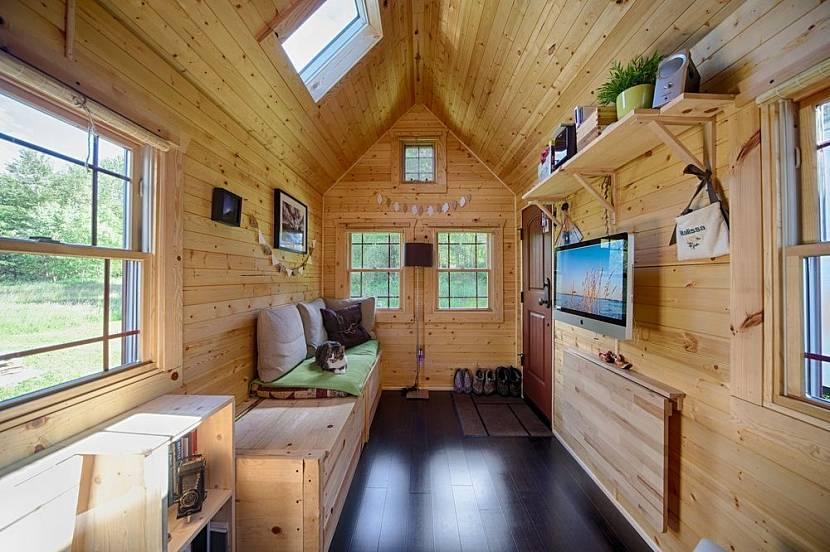 Интерьер маленького гостевого домика