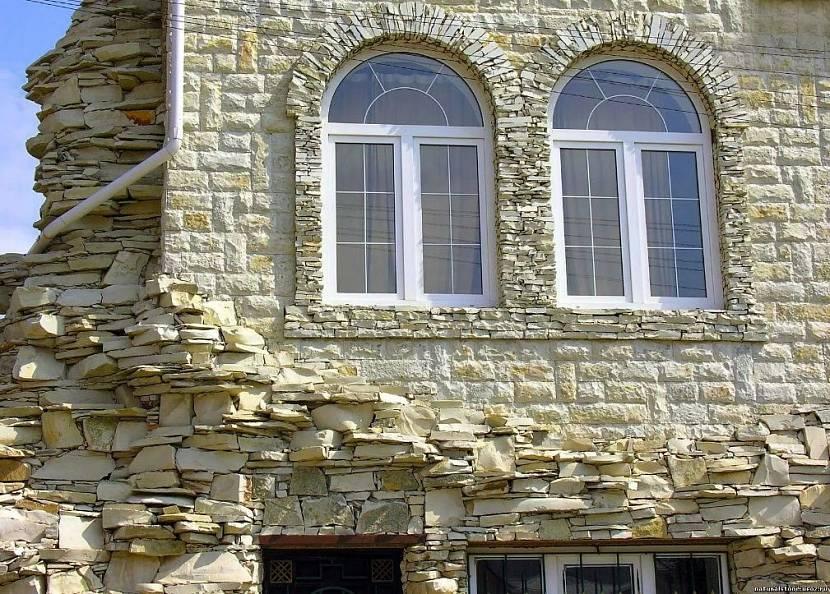 отделка фасада частного дома камнем
