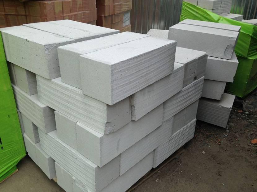 блоки для строительства гаража какие лучше цена