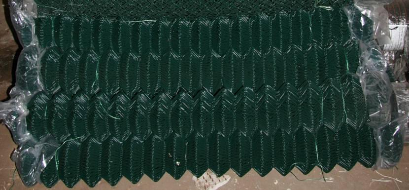 Полимерное покрытие предохраняет проволоку от коррозии