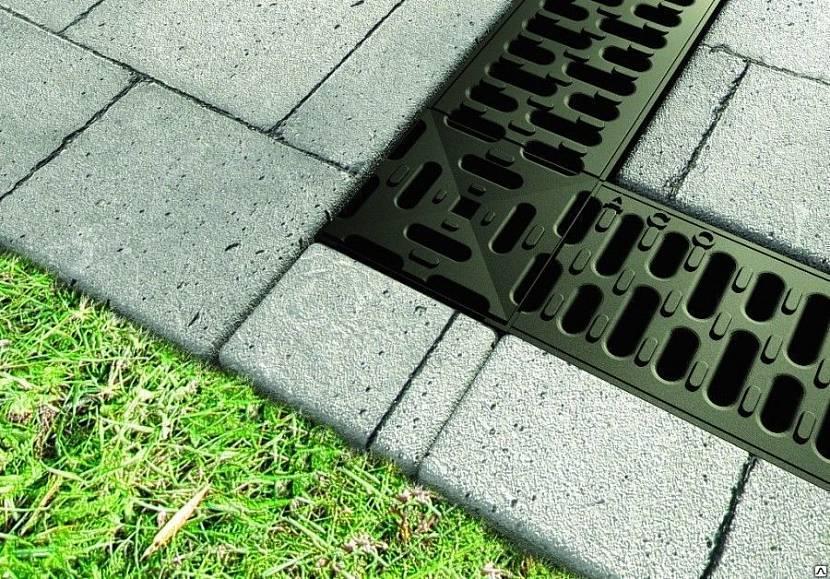 водосток бетонный с решеткой