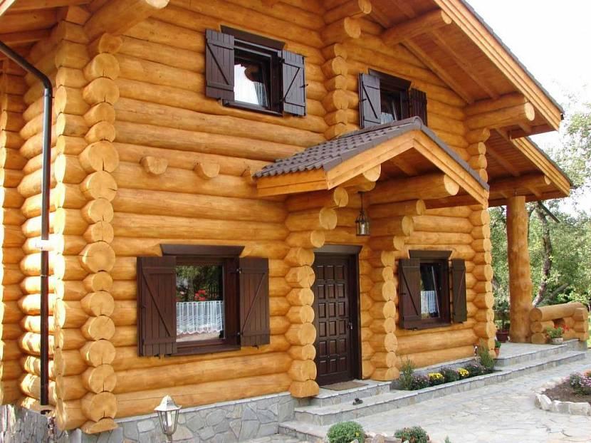 Классический деревянный дом