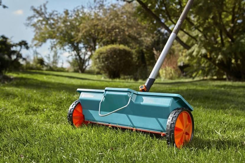 разбрасыватель сеялка для газона