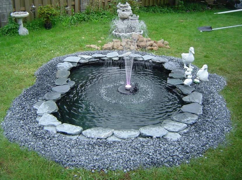 фонтан для маленького пруда