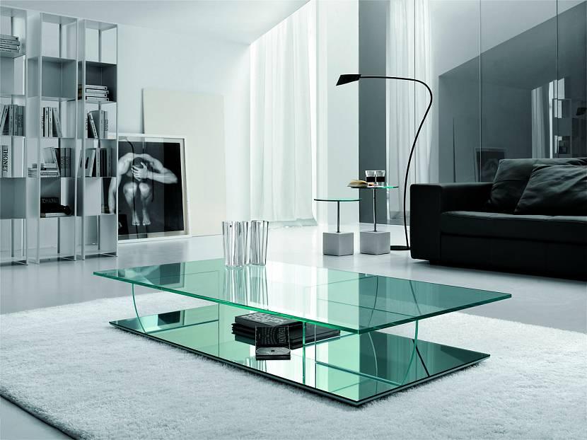 Мебель из металла и стекла в лофт интерьере