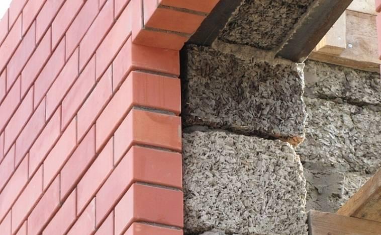 Стены дома из арболита