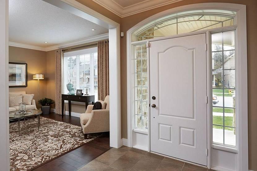 входная металлическая дверь в частный дом