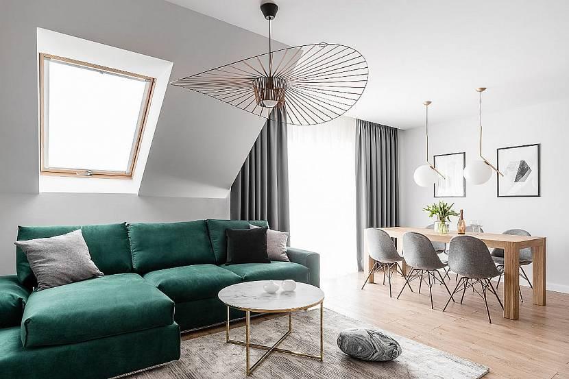 Минимализм с зеленым диваном