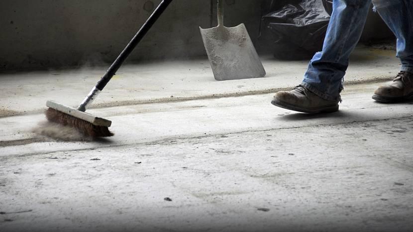 Пыль на поверхности бетона