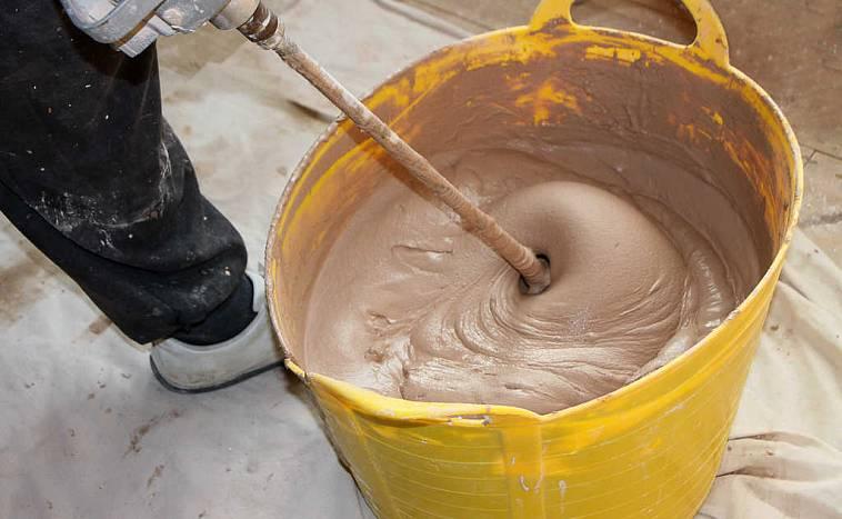 Подготовка цементного раствора для оштукатуривания стен видео по оштукатуриванию из цементного раствора