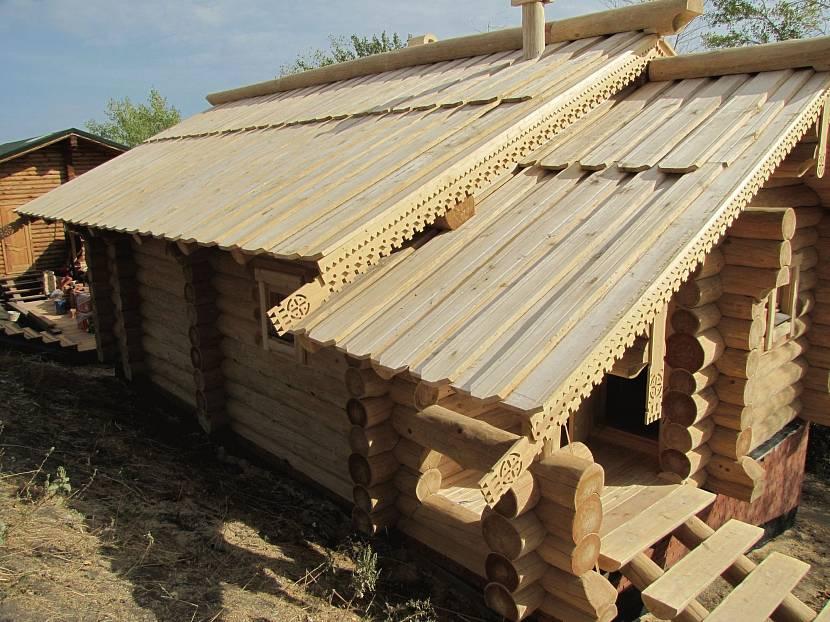Тёсовая крыша для бани