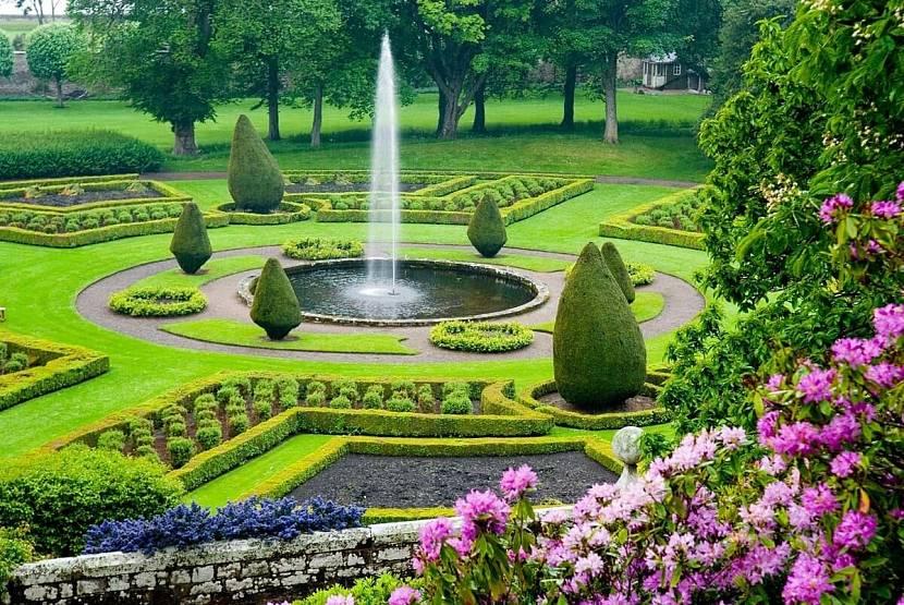 Регулярное оформление сада