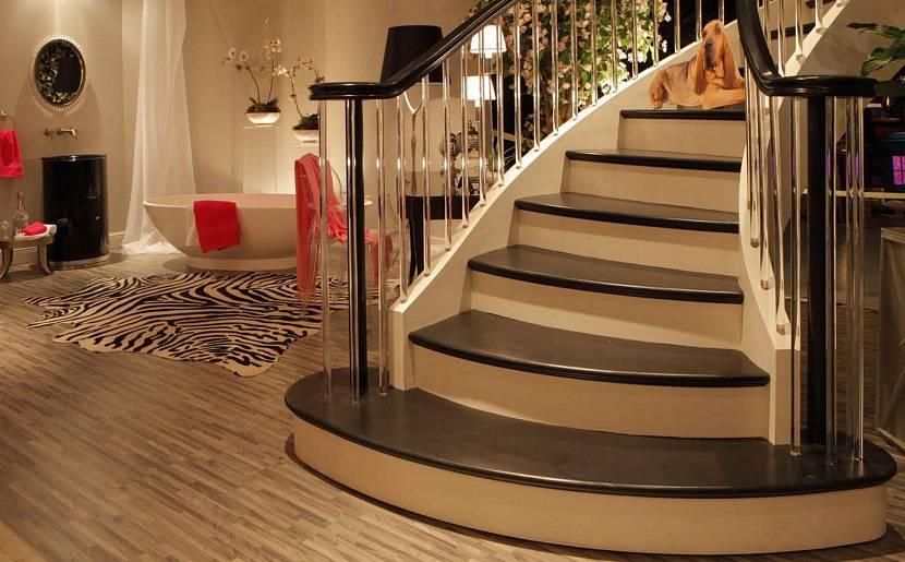 Винтовая лестница с большим углом
