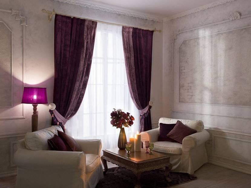 Классический вариант оформления штор в гостиную