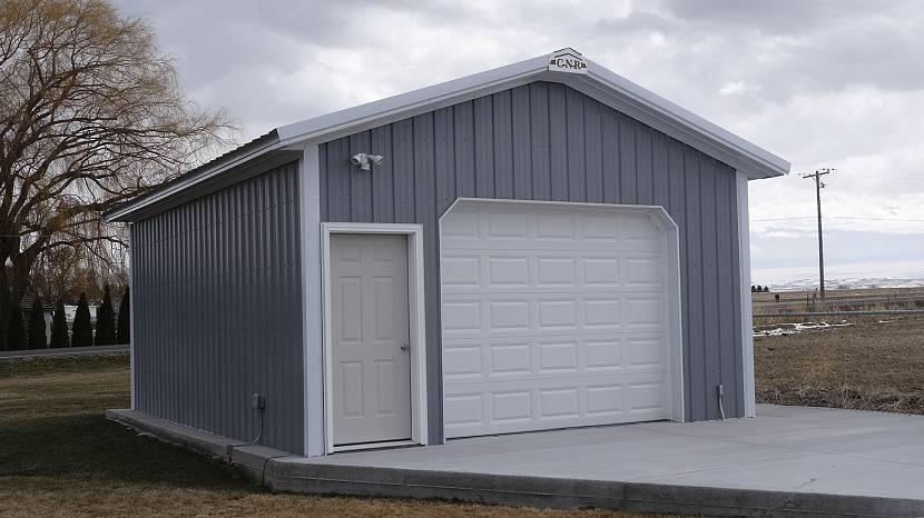 Основание продлит срок службы гаража