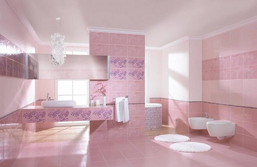 Сиренево-розовая ванная комната