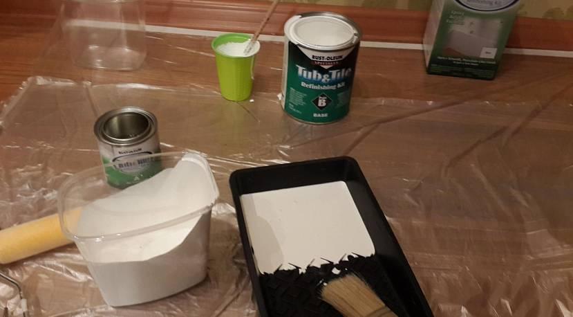 Один из способов, как разводить краску в отдельной посуде