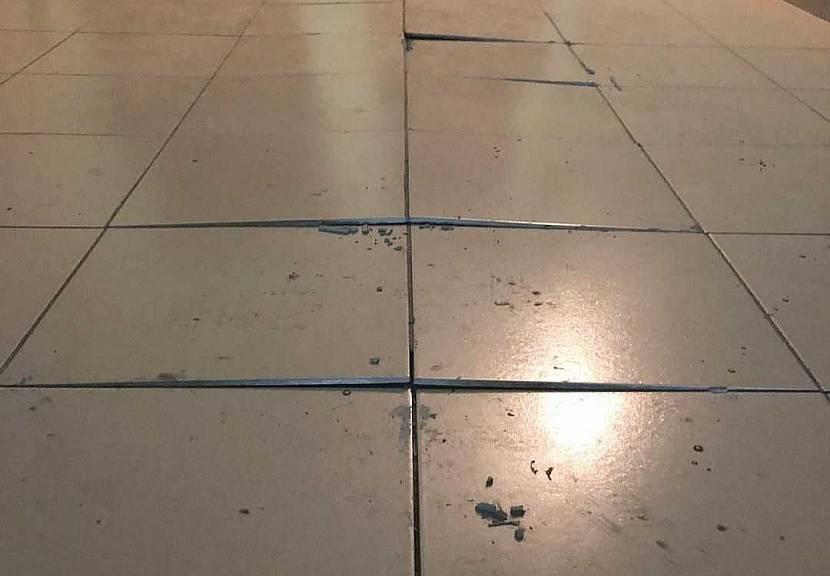 Результат неправильной укладки плитки на ОСБ