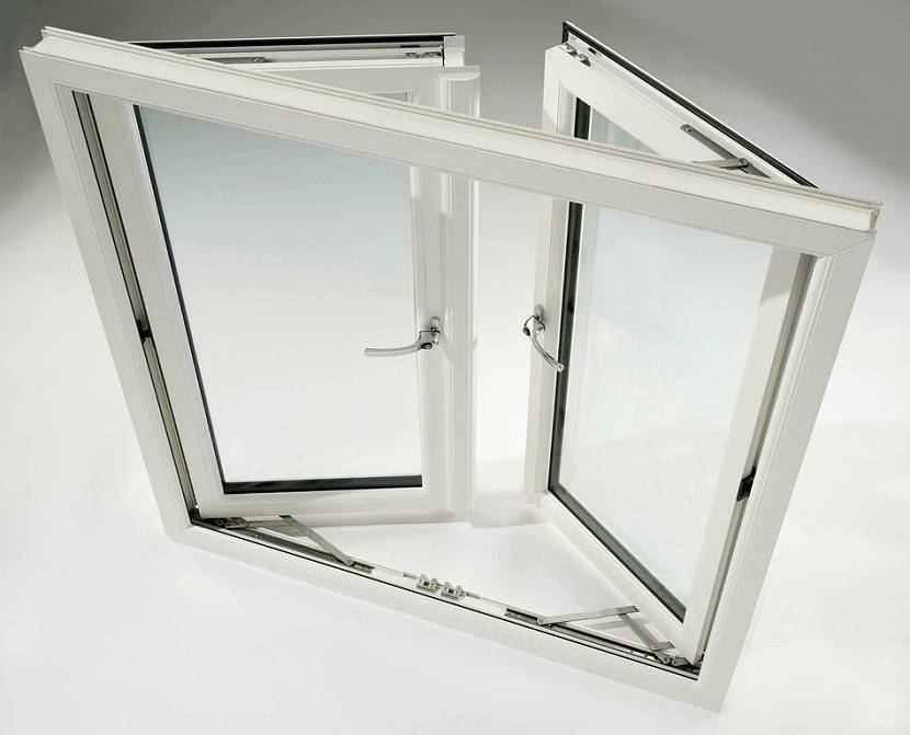 Поворотное пластиковое окно