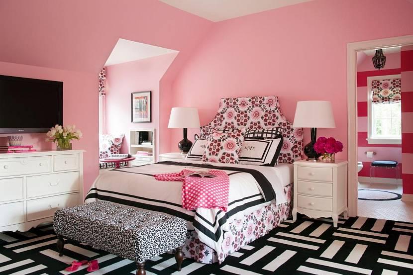 Черно-розовая комната