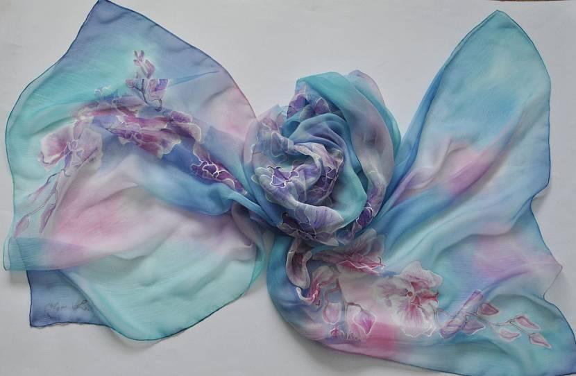 Роспись по ткани акриловыми красками методом узелкового батика