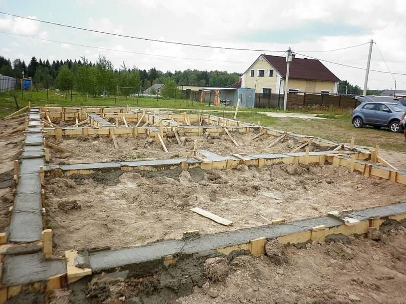 построить брусовой дом
