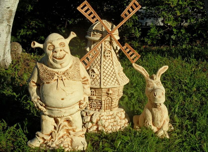 Деревянные фигуры для сада