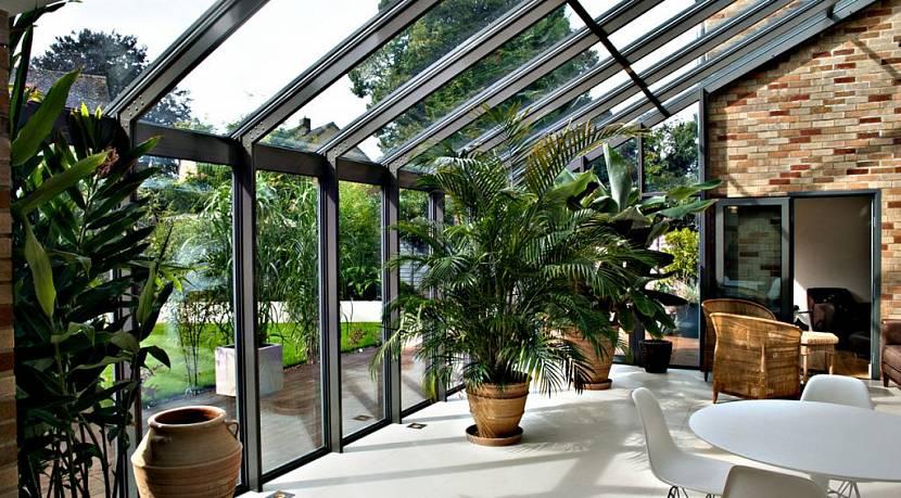 Триплекс как материал поверхности зимнего сада