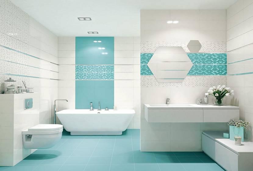 Ванная комната с небольшим зеркалом
